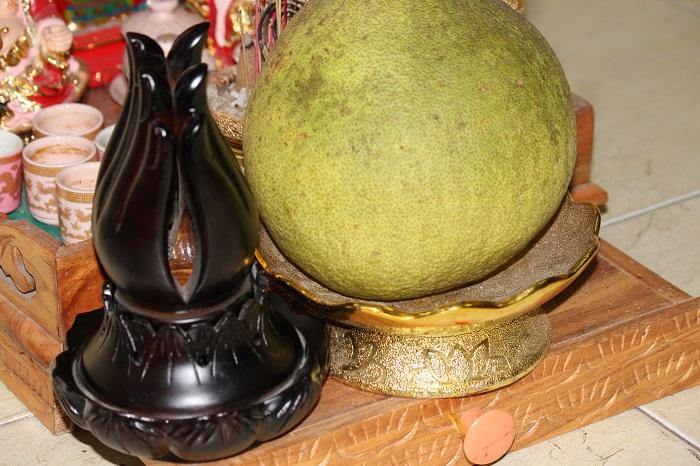 Bàn Tay Phật Xông Trầm Bằng Gỗ