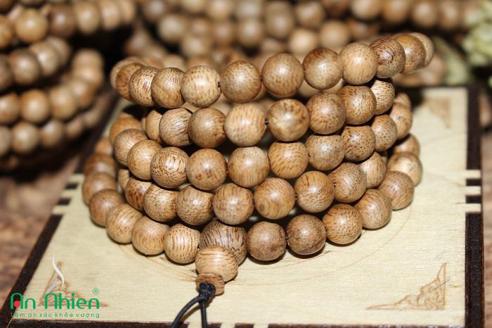 Chuỗi 108 hạt trầm hương Việt Nam