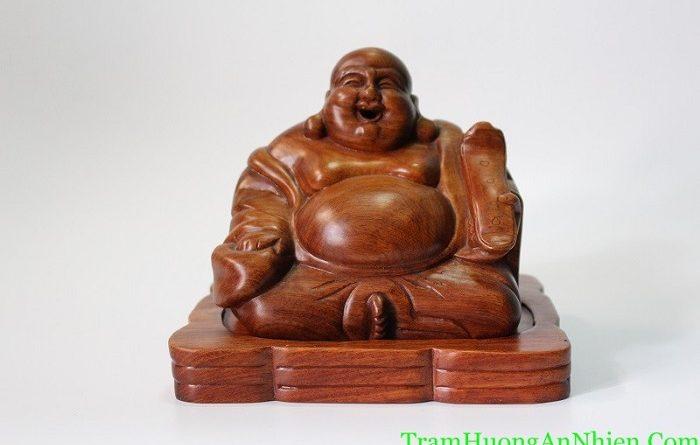 Phật Di lặc Xông Trầm
